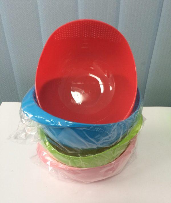 Миска кругла (пластмасова)+друшляк